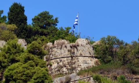 Σεισμός Ζάκυνθος: Ανησυχία προκαλεί ρωγμή στο κάστρο της Ζακύνθου
