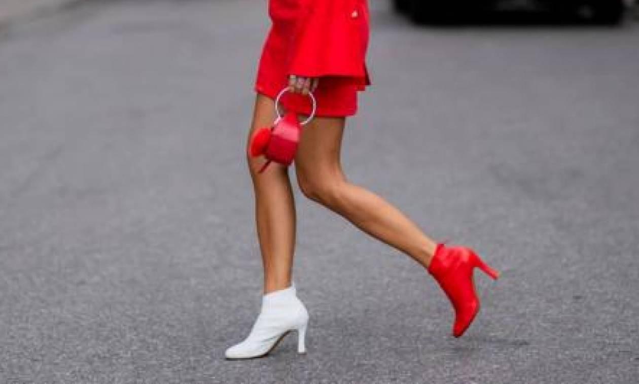 Φέτος το χειμώνα τόλμα να φορέσεις χρωματιστά παπούτσια