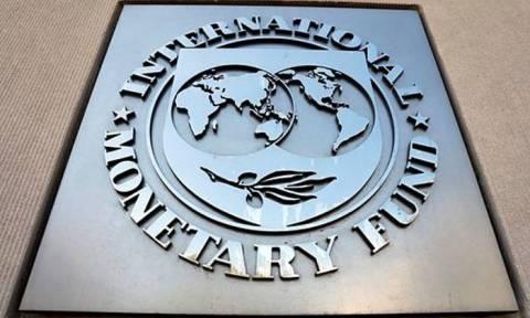 Πιάνει πάλι «πάτο» η Αργεντινή: Εγκρίθηκε το μεγαλύτερο δάνειο στην ιστορία του ΔΝΤ