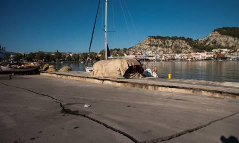 Σεισμός Ζάκυνθος: Συνεχίζονται οι μετασεισμοί - Δύτες ελέγχουν το λιμάνι για ζημιές (pics+vid)