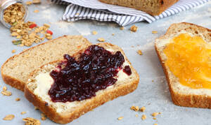 Η συνταγή της ημέρας: Muesli Bread