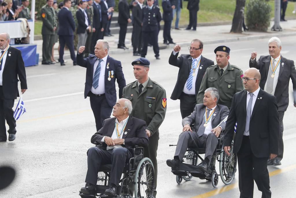 LIVE 28η Οκτωβρίου: Η μεγάλη στρατιωτική παρέλαση στη Θεσσαλονίκη