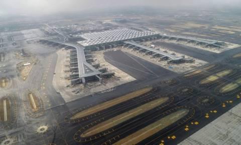 Τουρκία: Ο Ερντογάν εγκαινιάζει το νέο αεροδρόμιο της Κωνσταντινούπολης (vids)