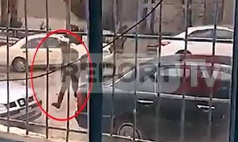 Βίντεο - ντοκουμέντο από την ανταλλαγή πυροβολισμών του Κατσίφα με τους Αλβανούς αστυνομικούς