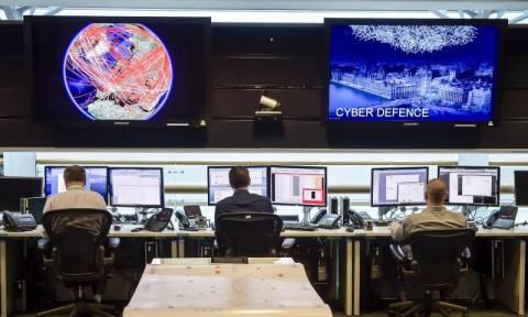 Η MI5 αναλαμβάνει εκστρατεία ενάντια στην άνοδο του βρετανικού ακροδεξιού εξτρεμισμού