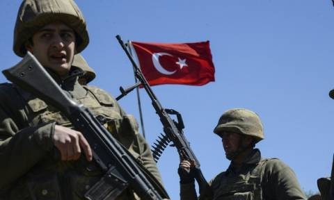 Συρία: Οι Αμερικανοί «πούλησαν» τους Κούρδους: Ξεκινούν κοινές περιπολίες με τους Τούρκους εισβολείς