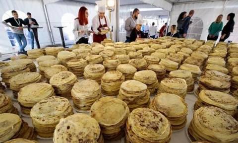 Ακόμα τρώνε στο Σαράγεβο: Σεφ ετοίμασαν περισσότερες από 14.000 κρέπες