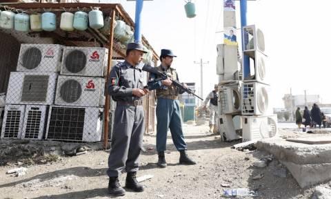 Συντριβή στρατιωτικού ελικοπτέρου στο Αφγανιστάν: Τουλάχιστον 25 νεκροί