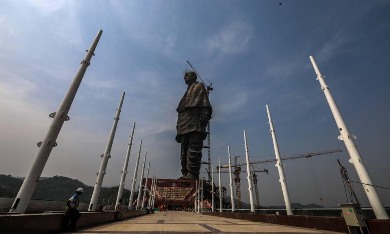Εντυπωσιακό! O «Iron Man» της Ινδίας - Αποκαλυπτήρια για το ψηλότερο άγαλμα στον κόσμο (pics)