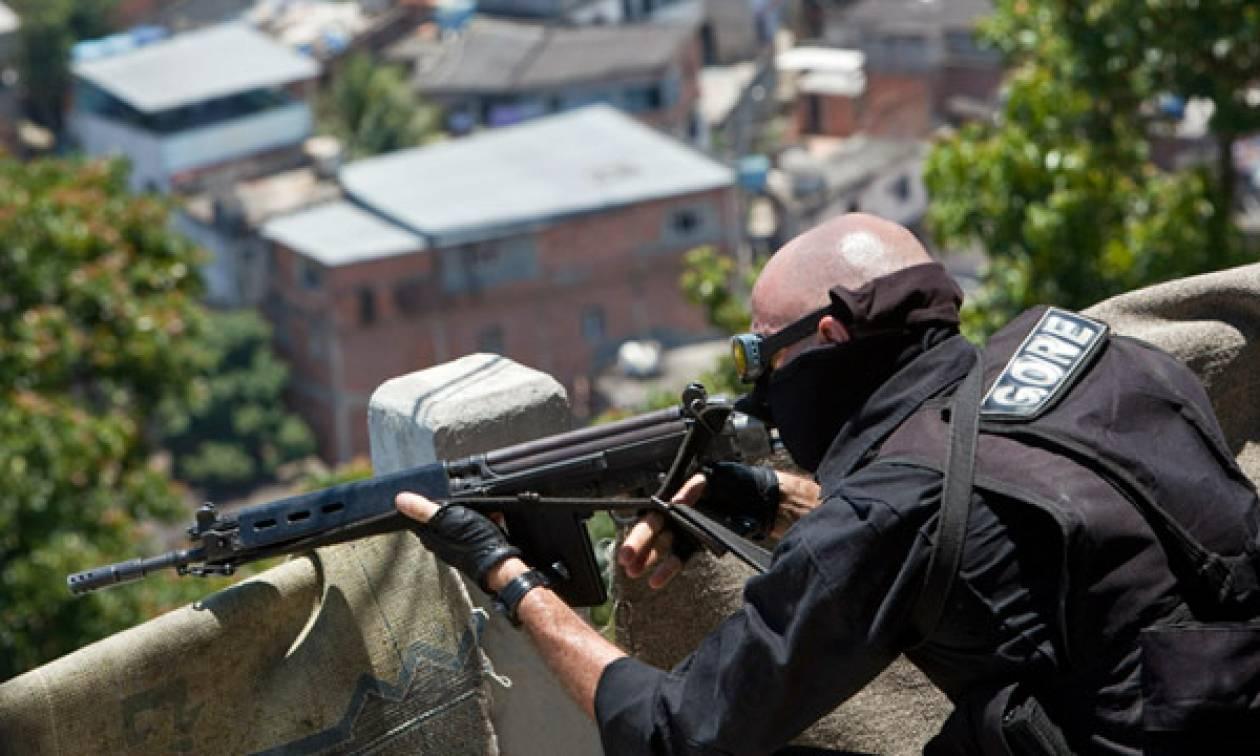 «Ξεφεύγει» η κατάσταση στη Βραζιλία: Θα αναπτύξουν ελεύθερους σκοπευτές για να πυροβολούν υπόπτους