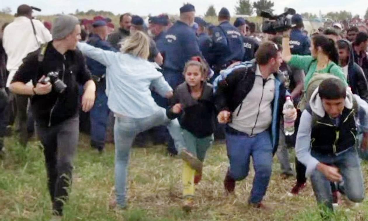 Ουγγαρία: Απαλλάχθηκε η δημοσιογράφος που είχε κλοτσήσει πατέρα και γιο μετανάστες (vid)