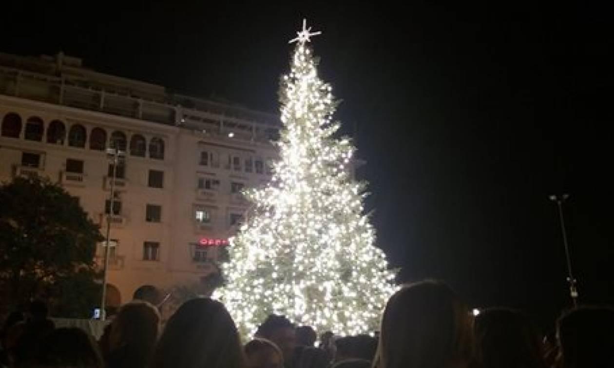 Σε χριστουγεννιάτικους ρυθμούς μπαίνει η Θεσσαλονίκη - Πότε θα στολιστεί το δέντρο