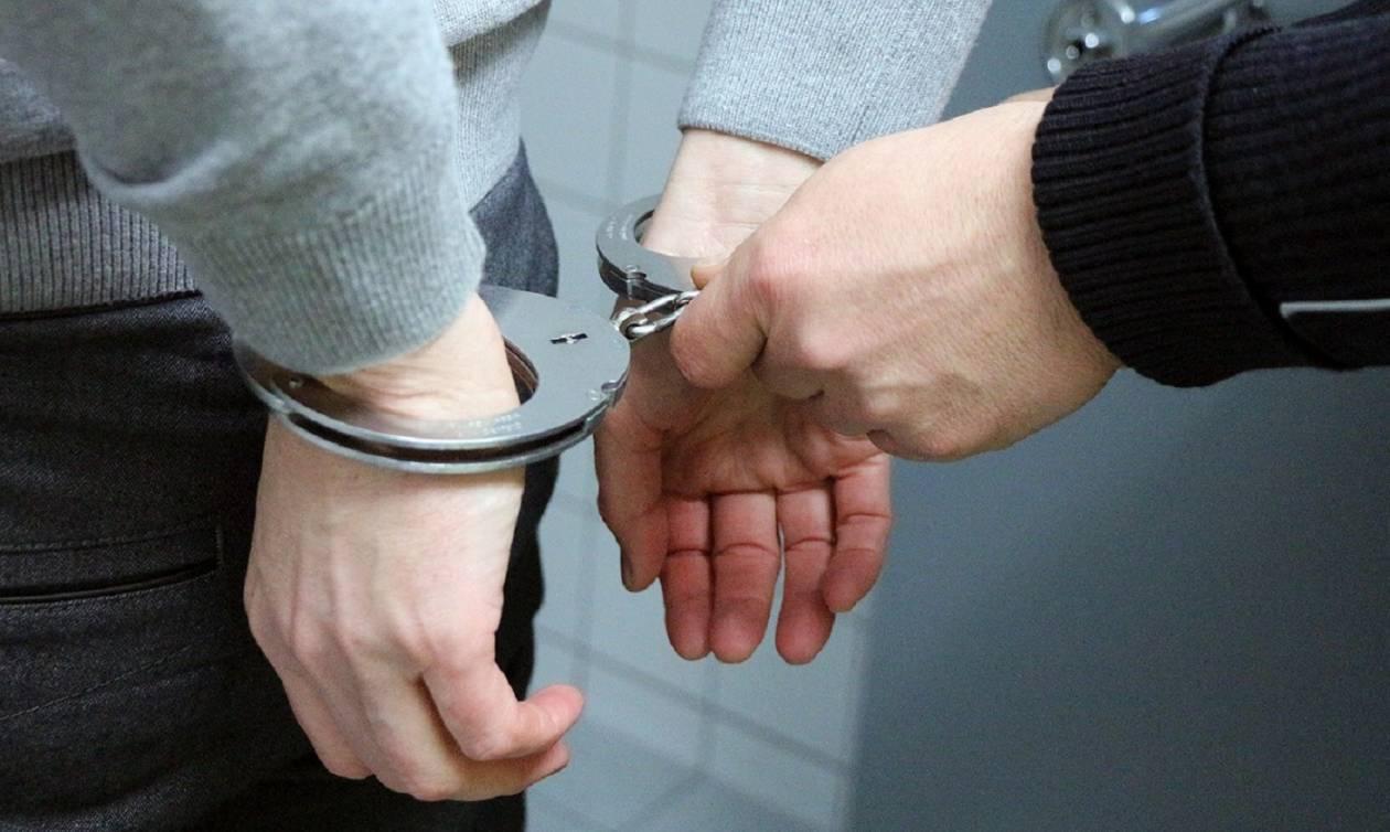 Συνελήφθη πασίγνωστος ηθοποιός: Έπαιξε «άγριο ξύλο» για μια θέση πάρκινγκ (Vid)