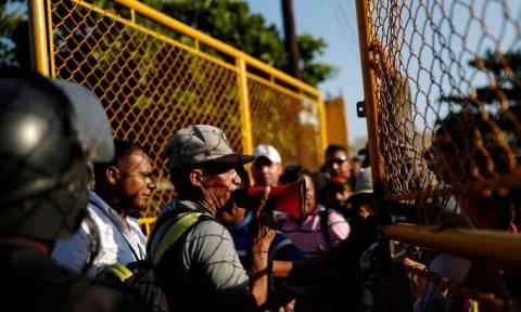 ΗΠΑ: Περισσότεροι από 7.000 στρατιώτες θα αναπτυχθούν στα σύνορα με το Μεξικό