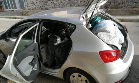 Θεσπρωτία: Συνελήφθη 71χρονος για μεταφορά 95 κιλών χασίς με νοικιασμένο αυτοκίνητο