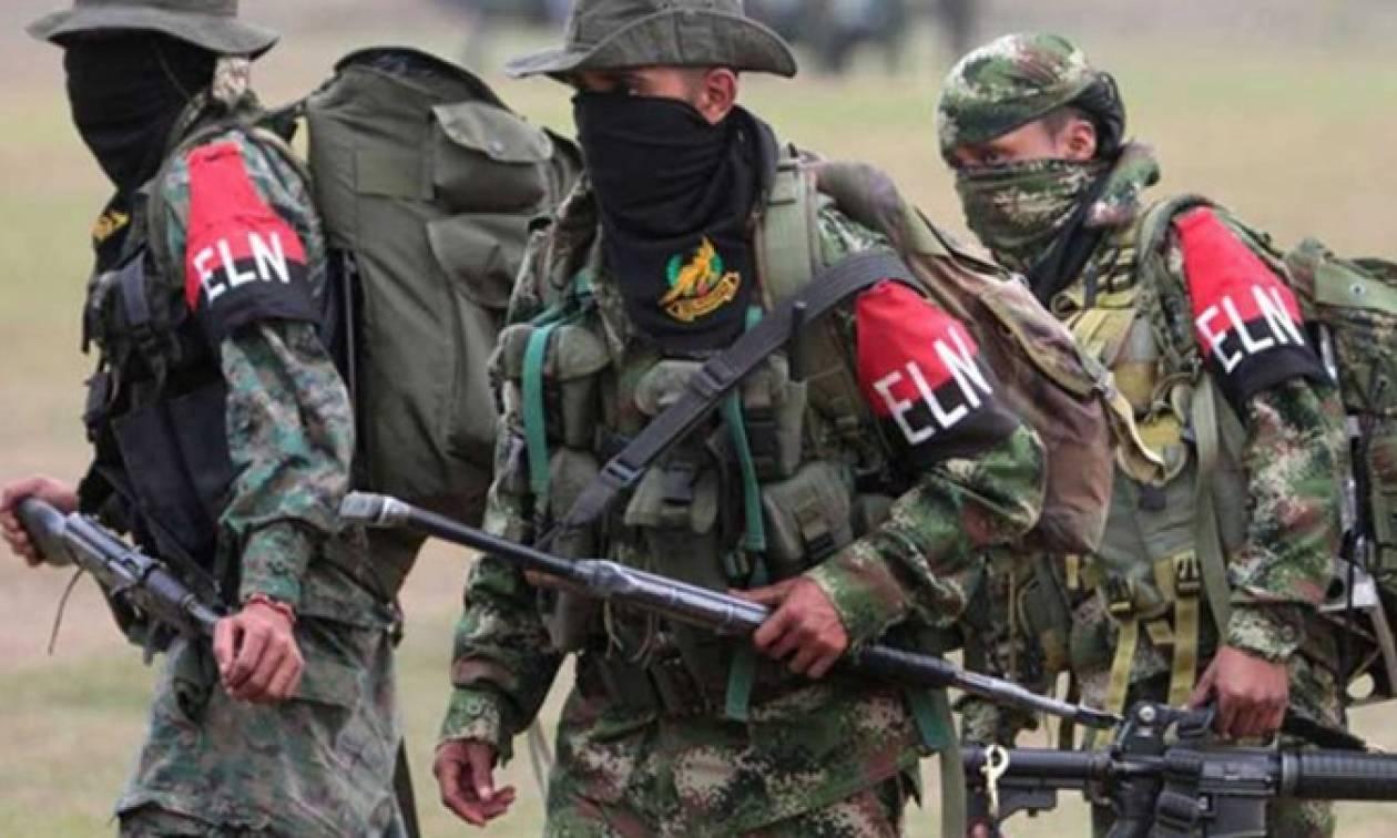 Κολομβία: Εκατοντάδες άνθρωποι εγκατέλειψαν τα σπίτια τους εξαιτίας μαχών