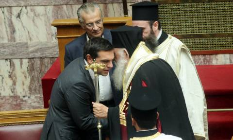 Συνταγματική Αναθεώρηση: Ο ΣΥΡΙΖΑ διαγράφει τον Ιησού Χριστό από το Σύνταγμα