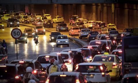Κυκλοφοριακό κομφούζιο στη Λεωφόρο Κηφισίας