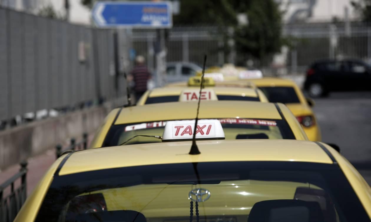 Στάση εργασίας στα ταξί: Πότε τραβούν χειρόφρενο οι οδηγοί