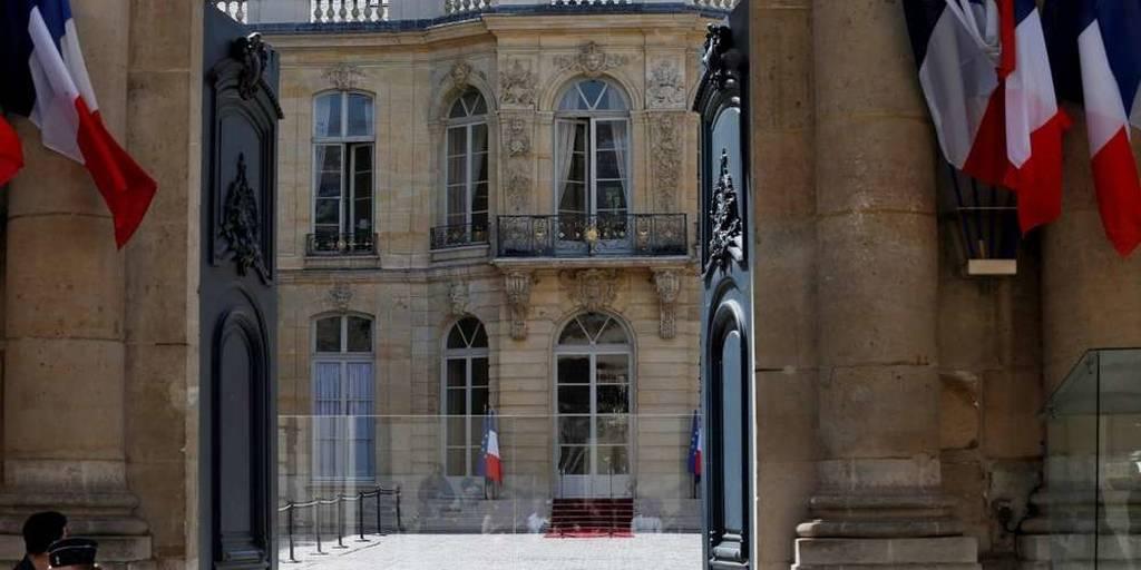 Γαλλία: Μυστήριο με το θάνατο χωροφύλακα στους κήπους του Ματινιόν