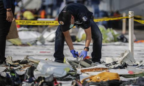 Ινδονησία: Το αεροπλάνο της Lion Air που συνετρίβη είχε βλάβη στον δείκτη ταχύτητας ανέμου (pics)