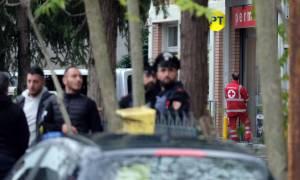Έληξε η ομηρία στην Ιταλία: Παραδόθηκε ο μαφιόζος μετά από πολύωρη διαπραγμάτευση (pics)