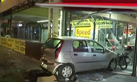 Χαϊδάρι: Καραμπόλα τριών αυτοκινήτων με δύο τραυματίες