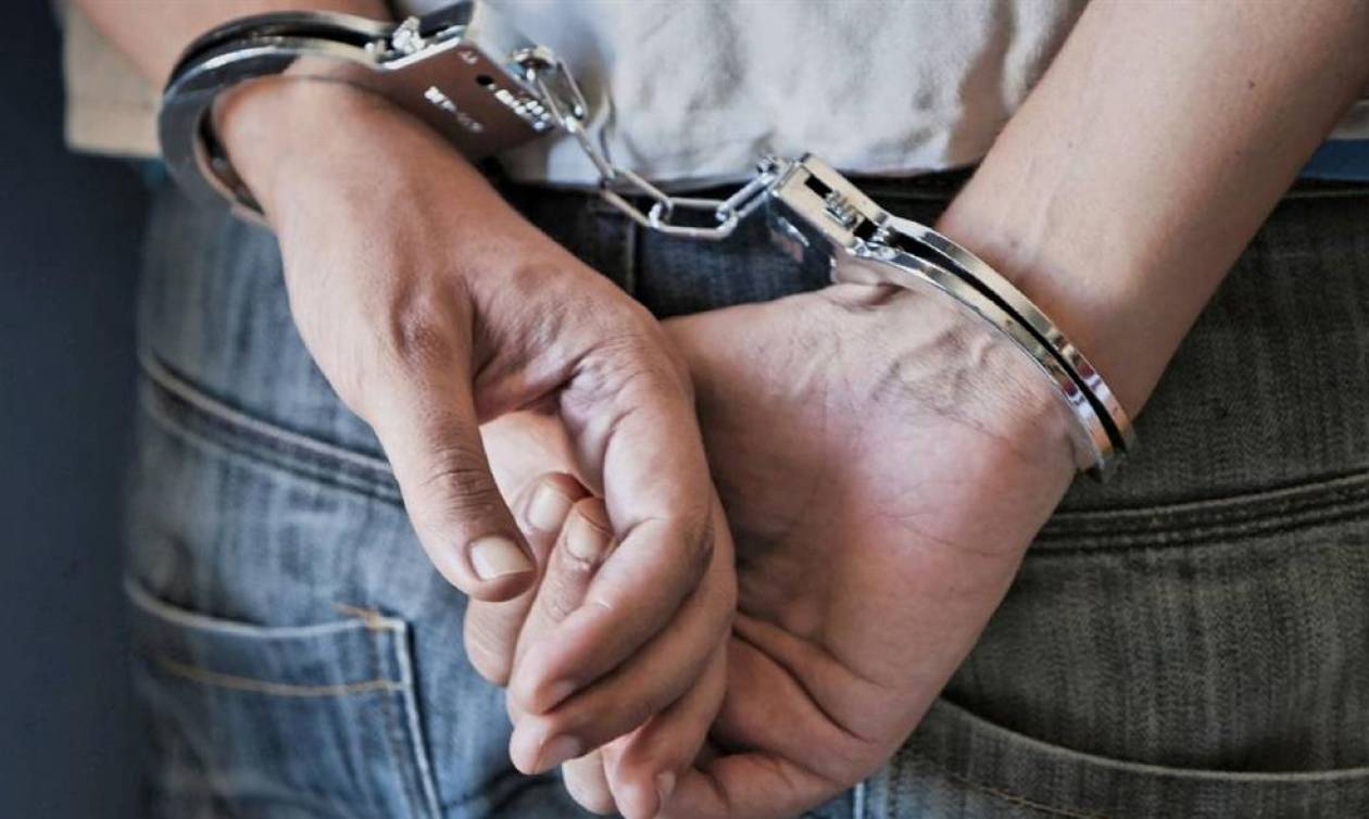 Σάλος: Υπάλληλος βουλευτή του ΣΥΡΙΖΑ συνελήφθη για ναρκωτικά