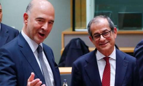Ο Μοσκοβισί εκβιάζει την Ιταλία: Ή αλλάζετε τον προϋπολογισμό ή έρχονται κυρώσεις