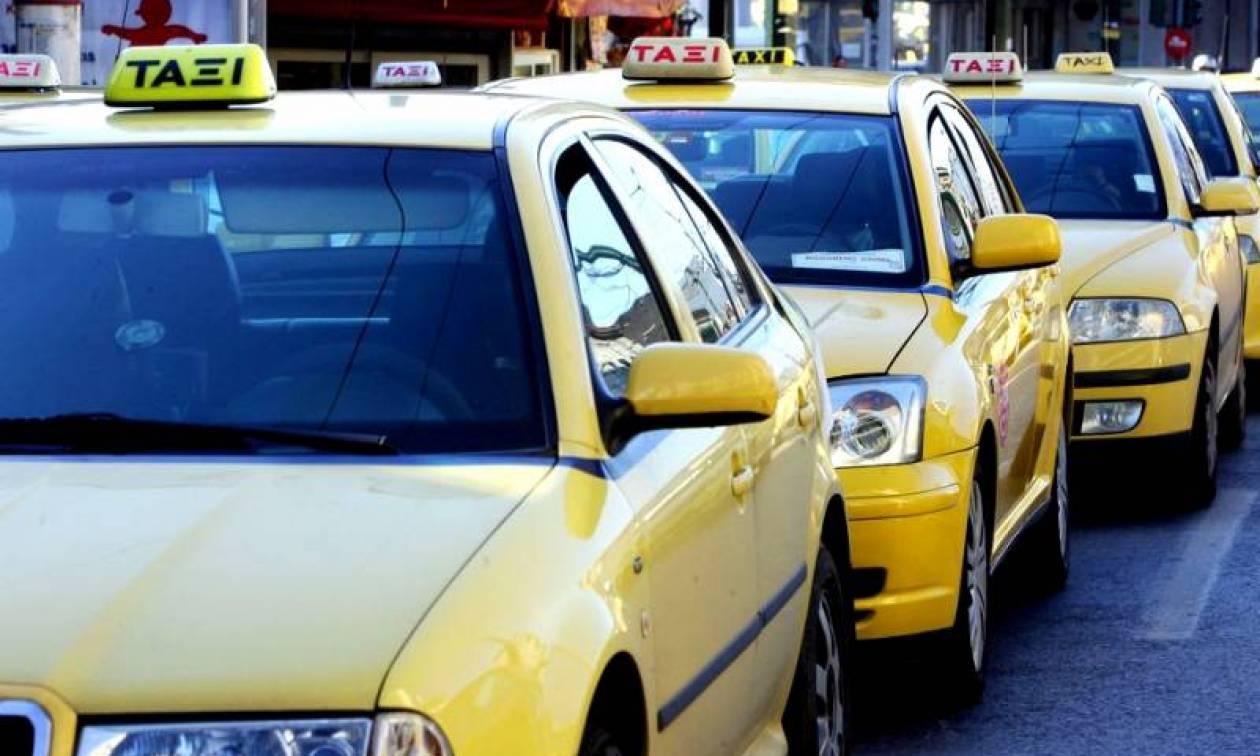 Προσοχή! Στάση εργασίας στα ταξί την Πέμπτη - Ποιες ώρες θα «τραβήξουν» χειρόφρενο