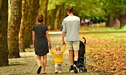 ΟΠΕΚΑ - Επίδομα Παιδιού: Δείτε πότε θα δοθεί η 5η δόση