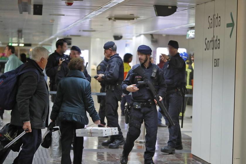 ΠΑΝΙΚΟΣ: Για αυτό τη «βόμβα» εκκενώθηκαν σιδηροδρομικοί σταθμοί και τρένα σε Μαδρίτη και Βαρκελώνη