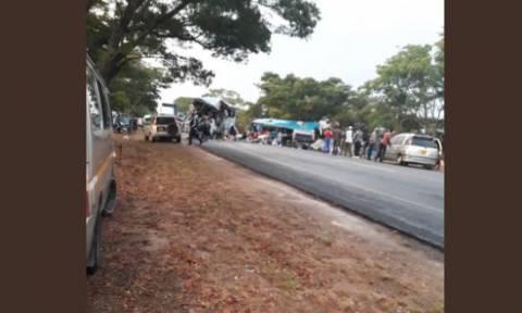 Τραγωδία στη Ζιμπάμπουε: Τουλάχιστον 47 νεκροί μετά από σύγκρουση λεωφορείων (pics)