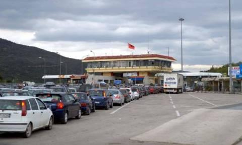 Κηδεία Κατσίφα: Αυστηροί έλεγχοι στο τελωνείο Κακαβιάς – Εμπόδισαν Έλληνα να περάσει τα σύνορα