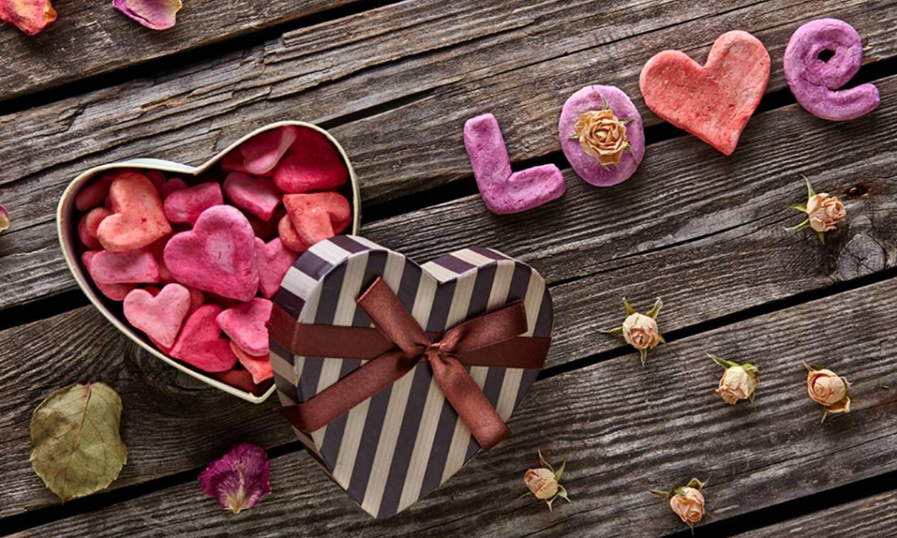 Ξεκινά μια δυνατή εβδομάδα για την ερωτική μας ζωή με αισθησιασμό και έντονα συναισθήματα