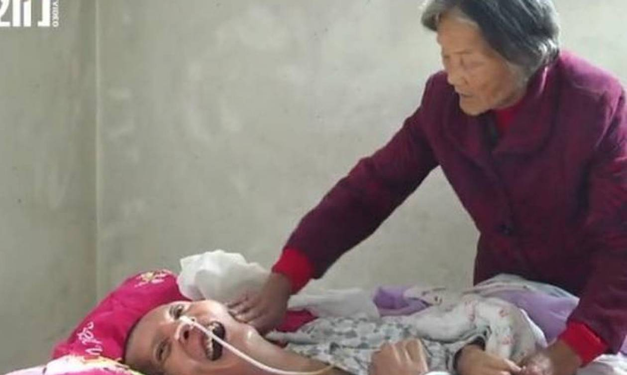 Συγκινητικό βίντεο: Ξύπνησε από κώμα μετά από 12 χρόνια