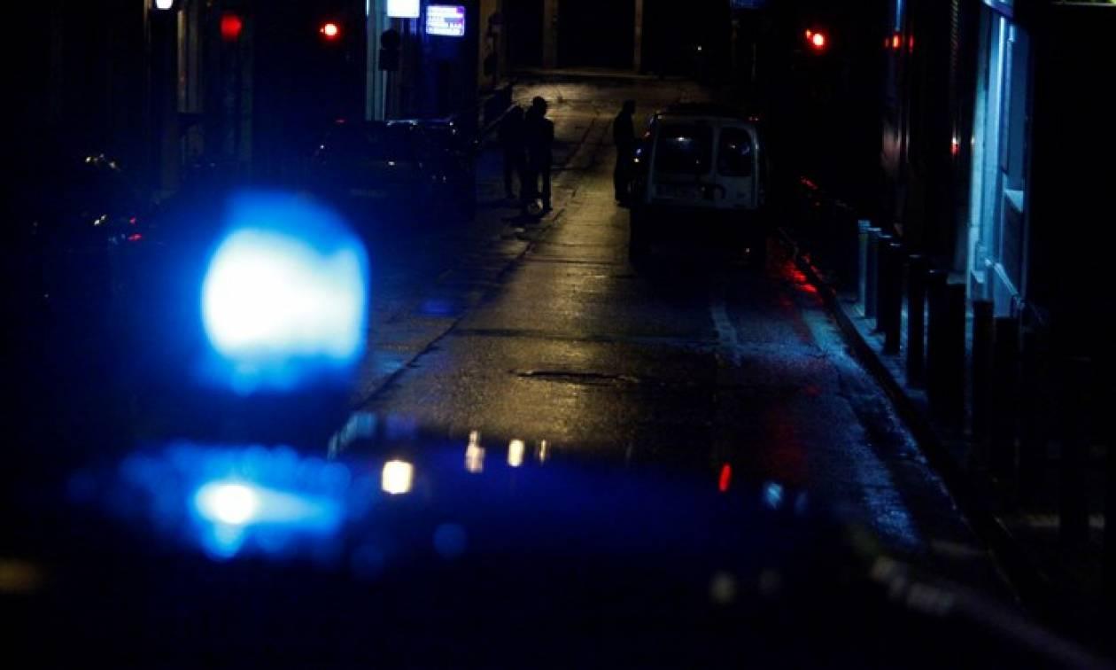 Μέλη του Ρουβίκωνα ζήτησαν να δουν τις ταυτότητες αστυνομικών (VIDEO)