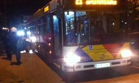 Θεσσαλονίκη: Κουκουλοφόροι επιτέθηκαν σε λεωφορείο του ΟΑΣΘ