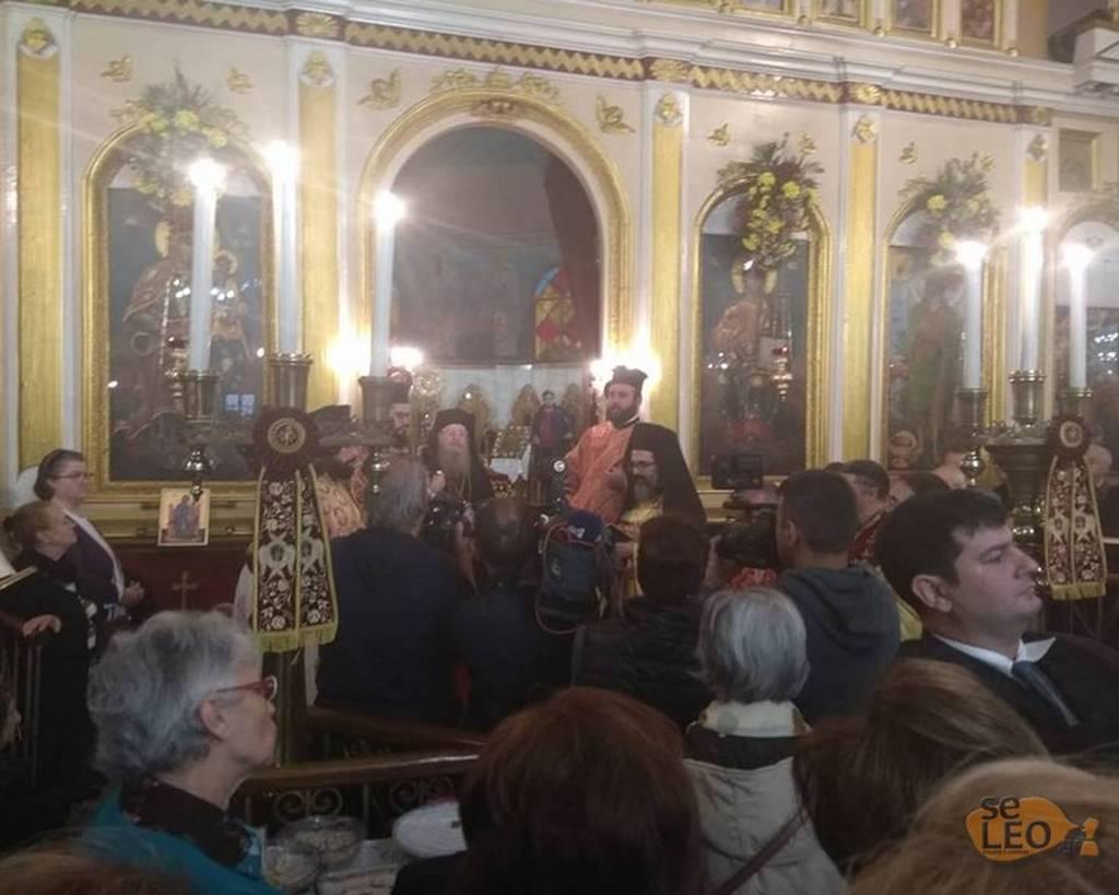 Θεσσαλονίκη: Η συγκινητική στιγμή στο μνημόσυνο για τον Κωνσταντίνο Κατσίφα (vid)