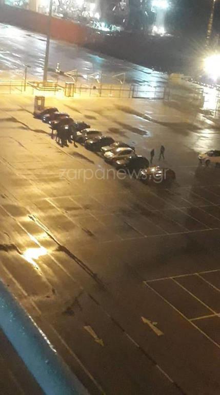 Λιμάνι Σούδας: Ο καπετάνιος κορνάρει στα αυτοκίνητα - Δείτε γιατί (pics&vid)