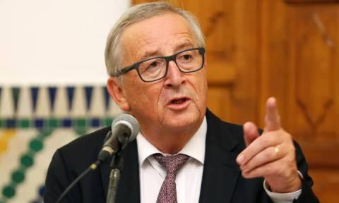 Γιούνκερ: Οι διαπραγματεύσεις για το Brexit οδεύουν βραδέως προς μια συμφωνία