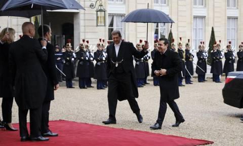 Τσίπρας: Το «ιστορικό deja vu» στο Παρίσι, τα συγχαρητήρια Τραμπ και η πρόσκληση Ερντογάν (vid)