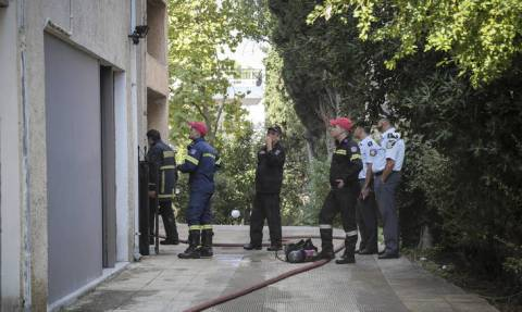 Σοκ στην Κυψέλη: Γυναίκα πήδηξε από τον 5ο όροφο για να σωθεί από τις φλόγες