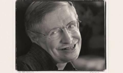 «Καλωσήρθατε χρονοταξιδιώτες!»: Στο σφυρί η πρόσκληση στο αιώνιο πάρτι του Στίβεν Χόκινγκ