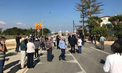 Κύπρος: Πόσοι πέρασαν χθες (12/11) το οδόφραγμα Δερύνειας