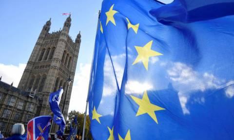 Ιστορική στιγμή: Βρετανία και Ευρωπαϊκή Ένωση κατέληξαν σε συμφωνία για το Brexit
