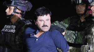 ΗΠΑ: Στο εδώλιο ο «Ελ Τσάπο» - Ως «αποδιοπομπαίο τράγο» τον παρουσιάζει ο δικηγόρος του (vids)