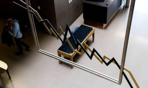 Χρηματιστήριο: Κραχ στις τραπεζικές μετοχές και σημαντική πτώση