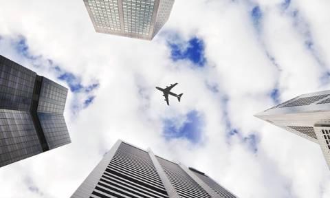 Απίστευτο: Μπήκε στη συχνότητα του πύργου ελέγχου και έδωσε... εντολή απογείωσης σε αεροσκάφος!