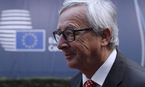 Σύνοδο κορυφής για το Brexit πρότεινε ο Γιούνκερ - Ικανοποίηση της Κομισιόν για τις εξελίξεις